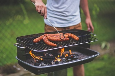 how to wash the grill