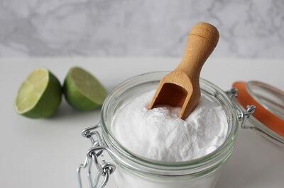 baking soda and limes in a Reading house