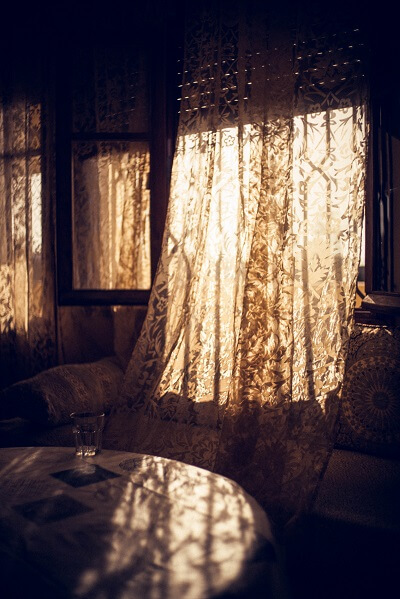 lace curtains in an Oxford home